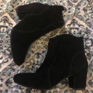 Steve Madden black ankle boots 8.5